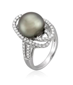 Black Cultured Tahitian Pearl ring
